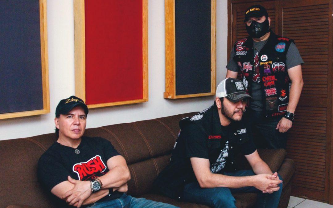 """En vivo   Mexicanos extremos de CRS libera su EP en vivo """"Live in Isolation"""""""